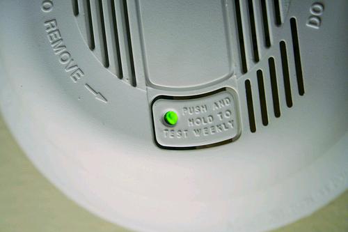 seguridad-y-construccion-los-detectores-de-incendios