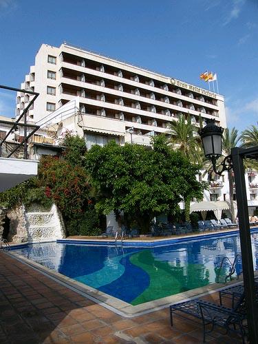 desde-cre-se-critica-la-estrategia-de-bajada-de-precios-de-los-hoteles-mallorquines
