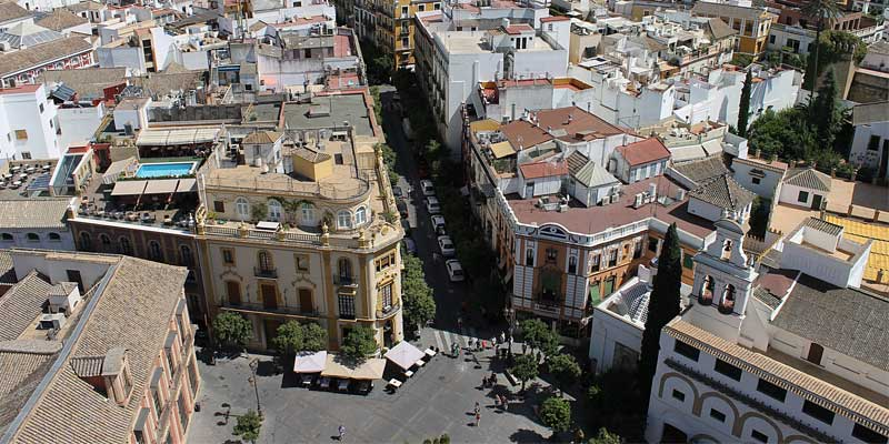 Urbanismo de Sevilla aprueba 580.000 euros para actuaciones en barrios